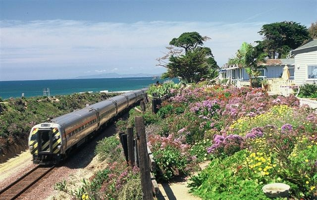 Del Mar train passes close to Del Mar homes